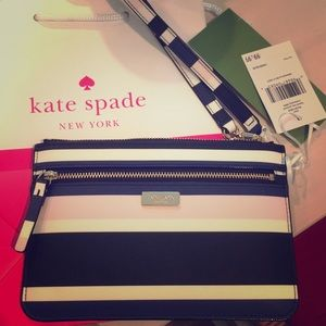 Handbags - NWT- Kate Spade Laurel Way Tinie Wristlet
